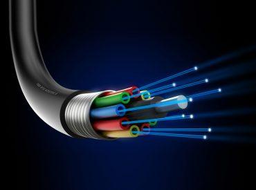 4 Mitos Mengenai Kabel Fiber Optik Yang Tidak Diketahui Orang Kebanyakan